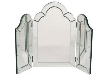 broughton-house-traditional-three-panel-mirror